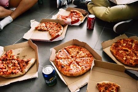 Pizzán élni egészségtelen